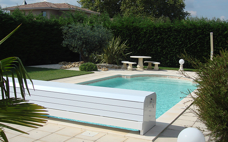 Pisciniste gironde les volets hors sol for Securite pour piscine hors sol